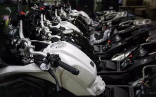 无极拉力摩托车650DS量产下线!