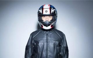 雅马哈摩托车新盔上市