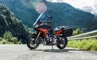 中排量公路休旅摩托,雅马哈Tracer900GT推新配色,倒减标配边箱