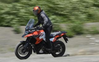 试驾评测 铃木V-STROM 1050XT探险摩托车