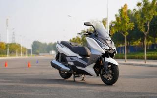 中国摩托车联合测评:力刻318