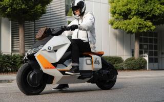 更科技、更实在---宝马BMW电动踏板摩托车「CE04」亮相