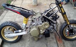 本田MSX1000SF,迷你车型塞进一颗四缸公升发动机是什么体验?