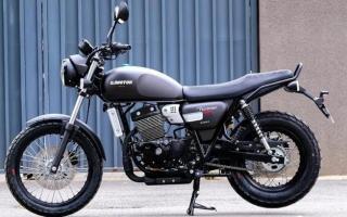 标配ABS、前后辐条轮!解析1.6万的QJ复古新车:双缸油冷250cc