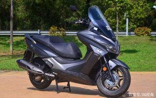 外观帅气动力尚可,东南亚本土踏板摩托比肩光阳赛艇,单缸动力