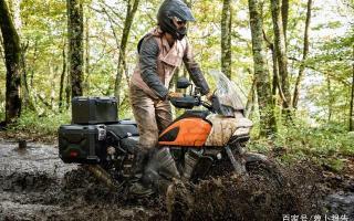 自动降低座高!哈雷黑科技跨界车泛美1250发布