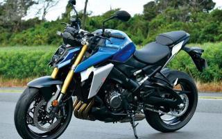 大灯堆叠设计,四缸水冷152马力,铃木摩托GSX-1000实力不俗