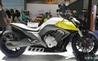 奔达摩托发布两款四缸摩托,巡航版外媒认为尺寸奇怪,更看好街车