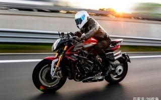 地表最强量产街车摩托,MV奥古斯塔Brutale1000RR,四出排气帅气