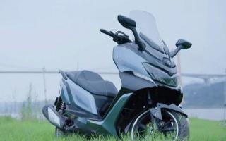 比光阳CT250有诚意!赛科龙RT3C正式上市:标配ABS,售价2.25万起