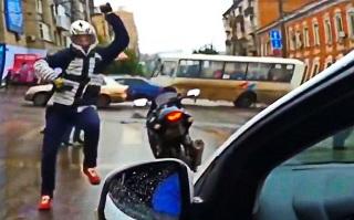 据说每一个骑士都有一颗很骚的心!摩托车骑士跳舞合集!