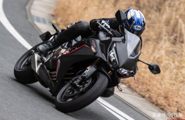 入门新手适合哪款中排量摩托,水冷四缸是标配,5款主流跑车选择-第5张图片-春风行摩托车之家