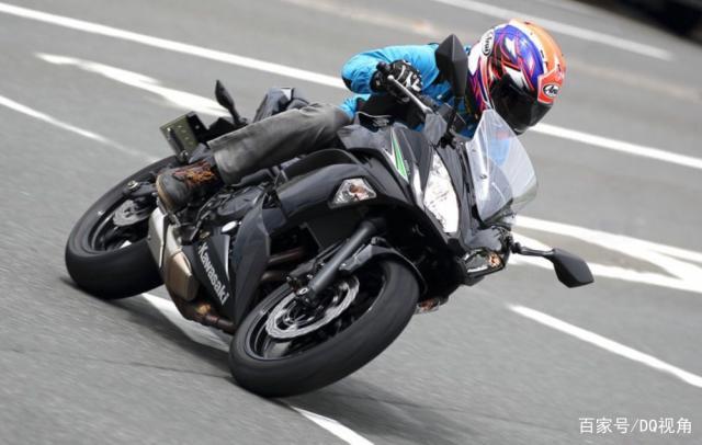 入门新手适合哪款中排量摩托,水冷四缸是标配,5款主流跑车选择-第7张图片-春风行摩托车之家