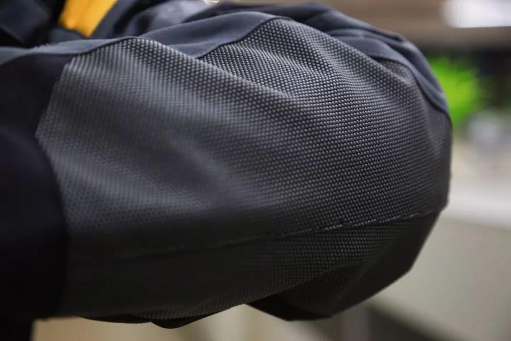 国产高端摩旅新选择,体验赛羽马特洪拉力服-第6张图片-春风行摩托车之家
