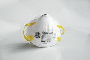 医用口罩、N95、KN95口罩的区别可以使用多久?要不要带呼吸阀?