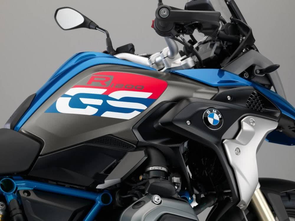 长途摩旅神器:外媒眼中续航能力最强的10款摩托车-第1张图片-春风行摩托车之家