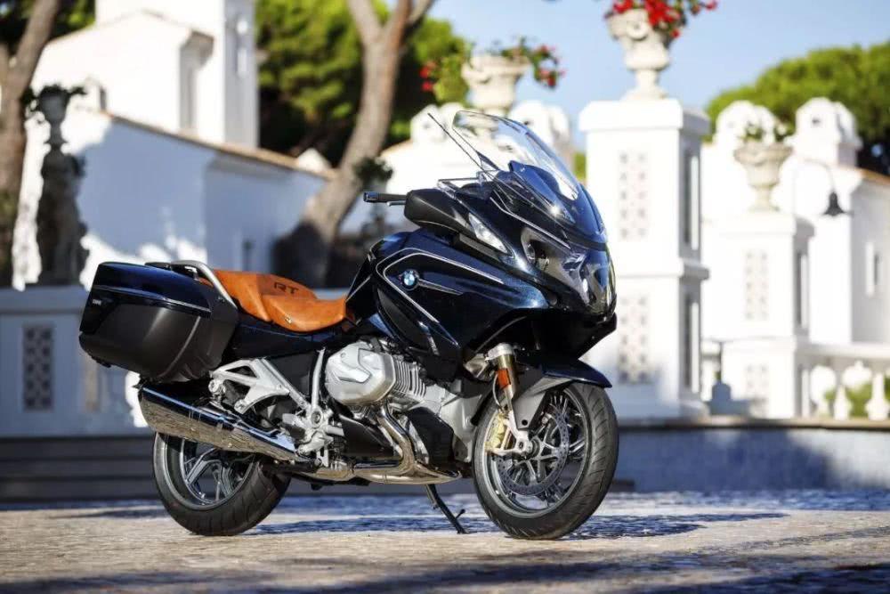 长途摩旅神器:外媒眼中续航能力最强的10款摩托车-第7张图片-春风行摩托车之家
