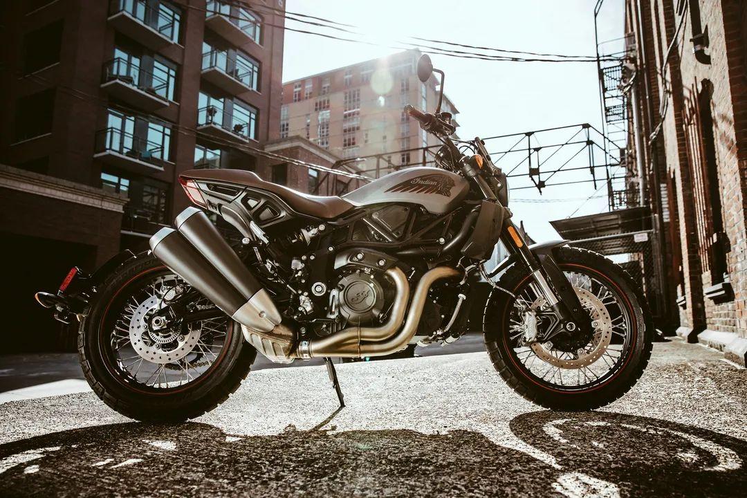 印第安公布FTR现代复古摩托车售价!