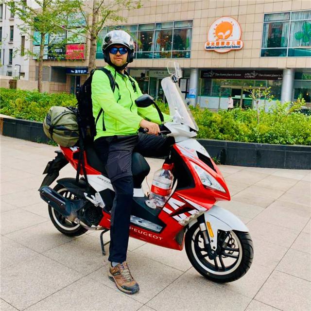 标致摩托全球之旅:老将辉煌,新星闪耀-第5张图片-春风行摩托车之家