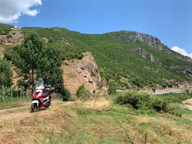标致摩托全球之旅:老将辉煌,新星闪耀-第13张图片-春风行摩托车之家