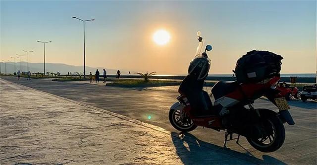 标致摩托全球之旅:老将辉煌,新星闪耀-第16张图片-春风行摩托车之家