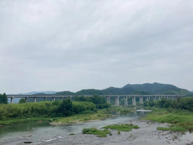 雨中穿黄山—CBF190X 1200公里摩游记2-第10张图片-春风行摩托车之家