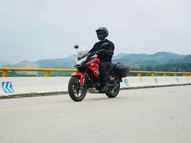 雨中穿黄山—CBF190X 1200公里摩游记2-第13张图片-春风行摩托车之家