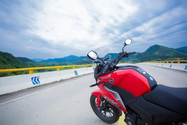 雨中穿黄山—CBF190X 1200公里摩游记2-第12张图片-春风行摩托车之家