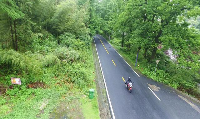 雨中穿黄山—CBF190X 1200公里摩游记2-第25张图片-春风行摩托车之家