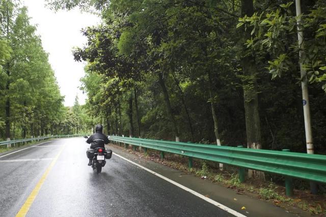 白际天路云中行—CBF190X 1200公里摩游记3-第5张图片-春风行摩托车之家