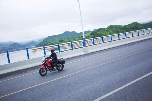 畅游井空里大峡谷—CBF190X 1200公里摩游记4-第5张图片-春风行摩托车之家