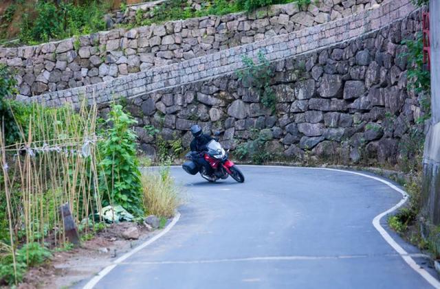 畅游井空里大峡谷—CBF190X 1200公里摩游记4-第25张图片-春风行摩托车之家