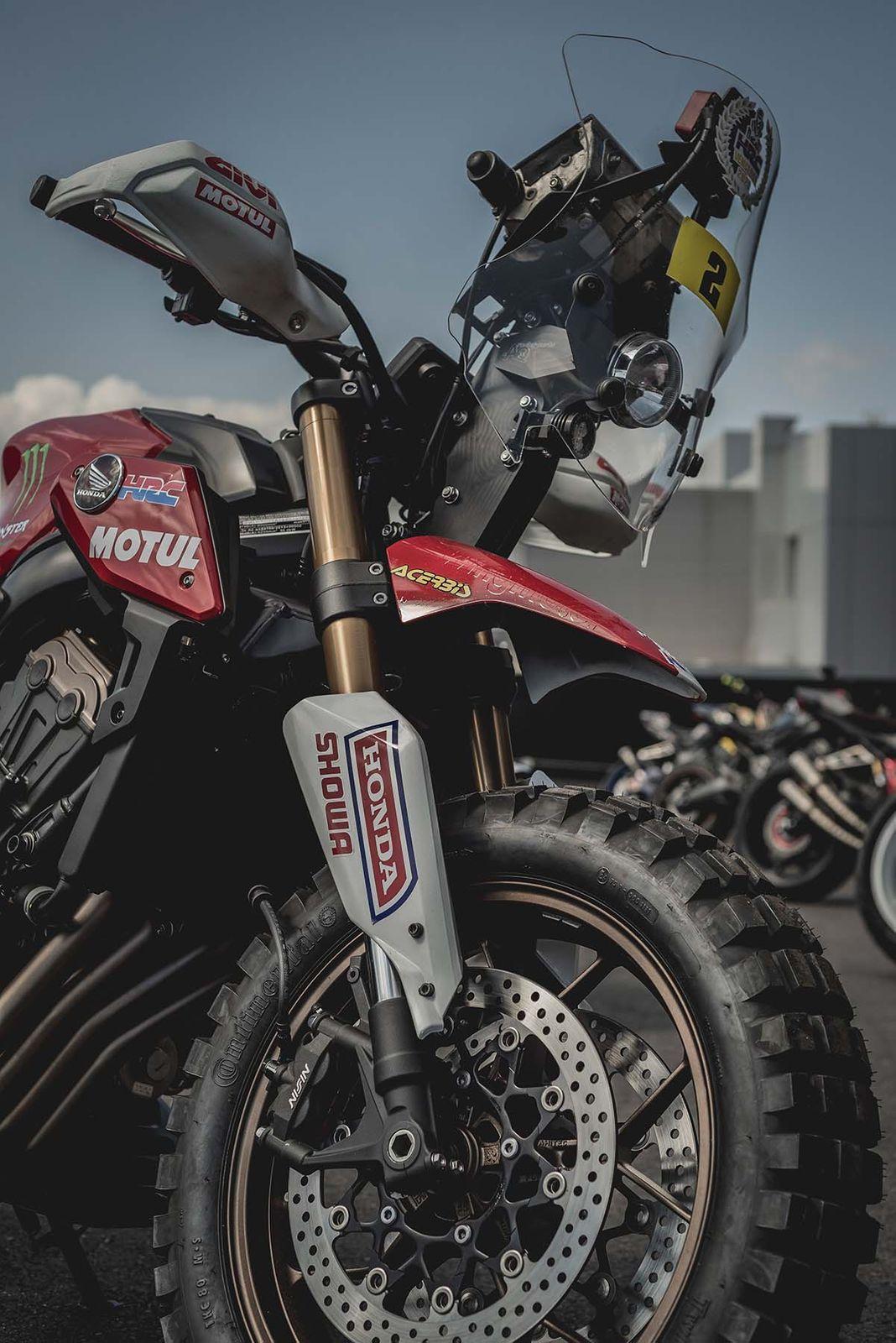 致敬达卡拉力赛!HONDA「CB650R」改装款-第4张图片-春风行摩托车之家
