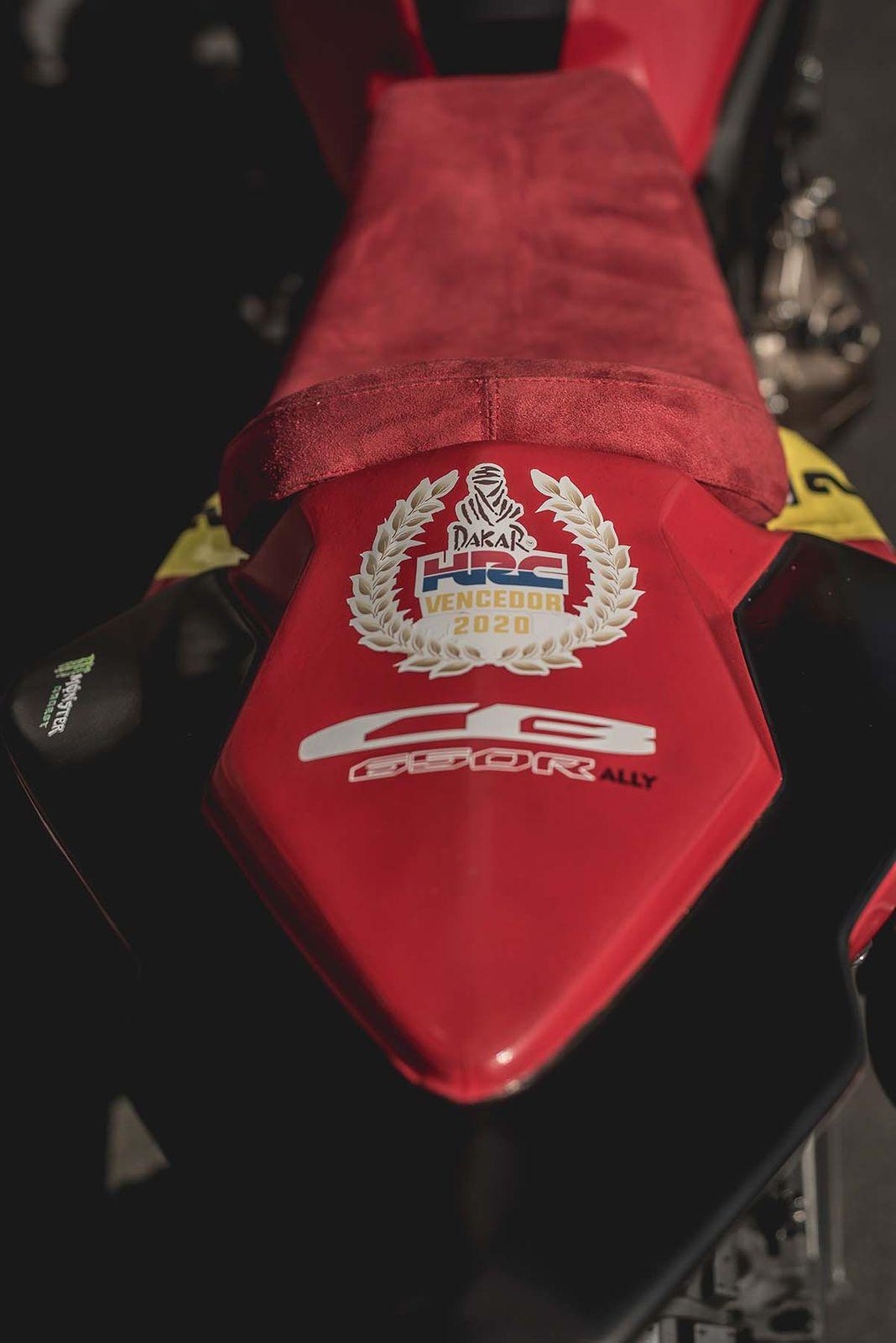 致敬达卡拉力赛!HONDA「CB650R」改装款-第6张图片-春风行摩托车之家