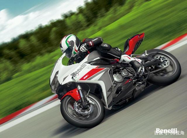 3款适合入门车友的小众摩托,踏板跨骑复古皆有,标配ABS-第6张图片-春风行摩托车之家
