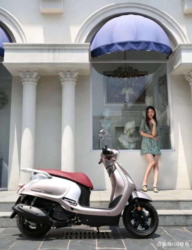 3款适合入门车友的小众摩托,踏板跨骑复古皆有,标配ABS-第3张图片-春风行摩托车之家