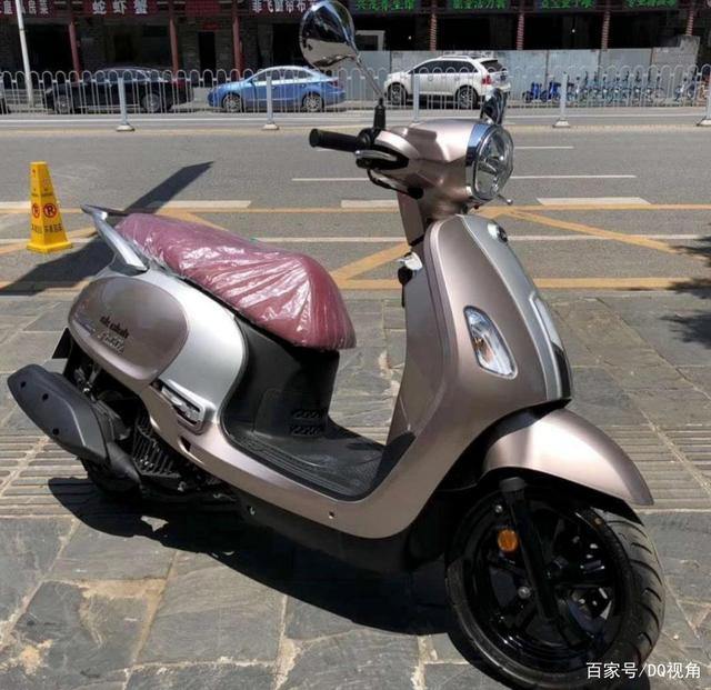 3款适合入门车友的小众摩托,踏板跨骑复古皆有,标配ABS-第2张图片-春风行摩托车之家