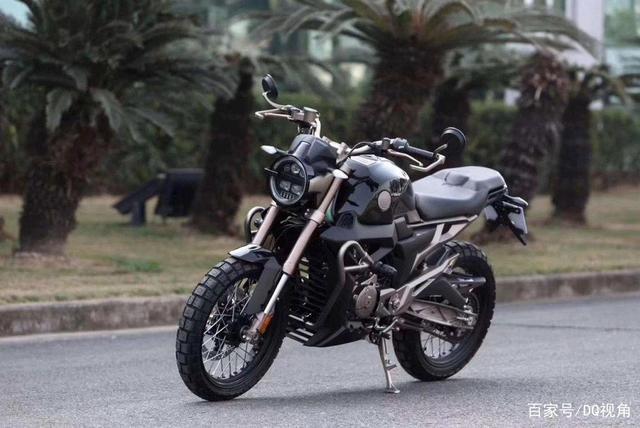 3款适合入门车友的小众摩托,踏板跨骑复古皆有,标配ABS-第8张图片-春风行摩托车之家