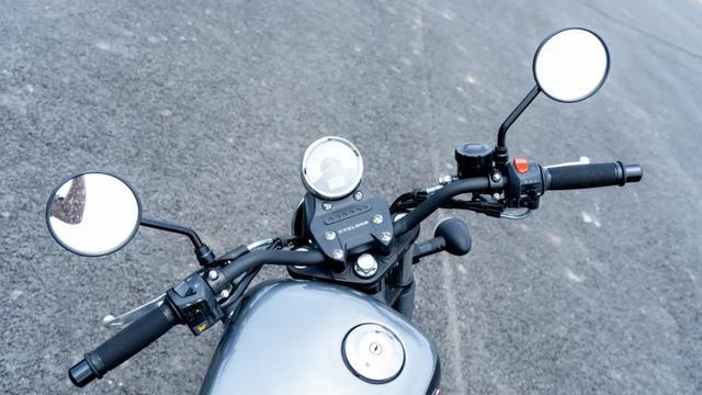 年轻又帅气、复古巡航—1.38万赛科龙RA2 静态测评-第18张图片-春风行摩托车之家