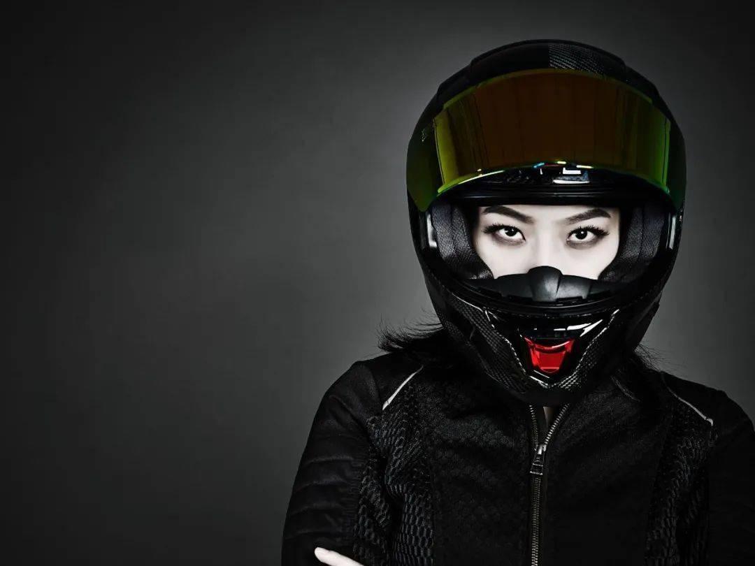"""如果让你头上顶着""""闪电""""骑车会不会很酷?这道""""闪电""""头盔不足3000元就可以买到-第25张图片-春风行摩托车之家"""
