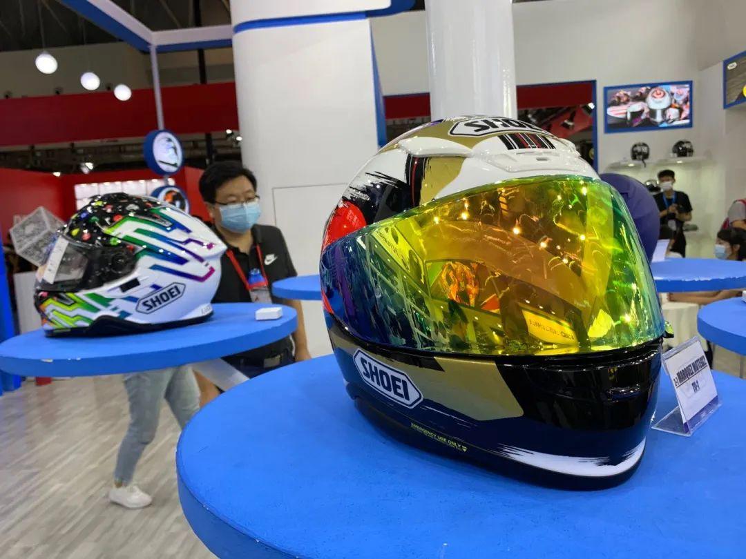 SHOEI摩博会发布两款新花色头盔,马奎斯亲笔签名免费送!-第3张图片-春风行摩托车之家