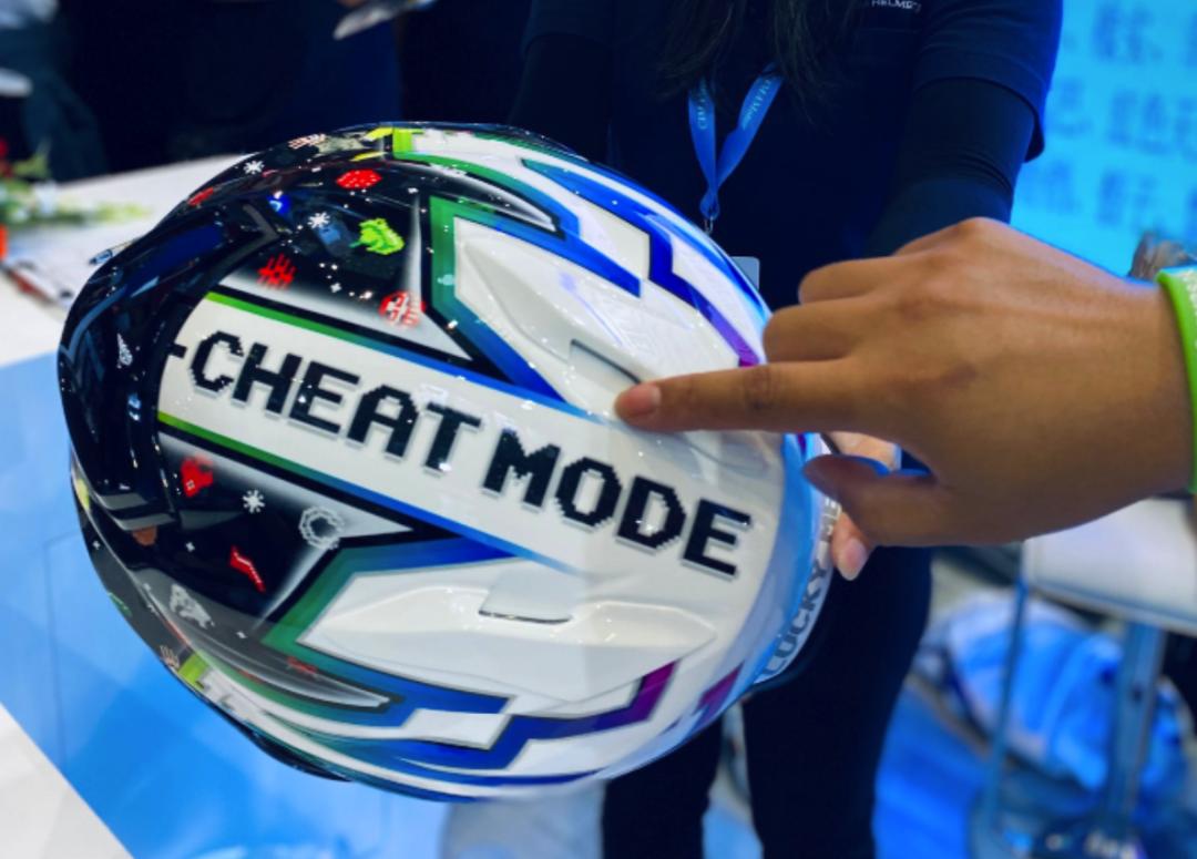 SHOEI摩博会发布两款新花色头盔,马奎斯亲笔签名免费送!-第7张图片-春风行摩托车之家