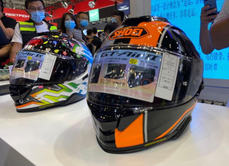 SHOEI摩博会发布两款新花色头盔,马奎斯亲笔签名免费送!-第11张图片-春风行摩托车之家