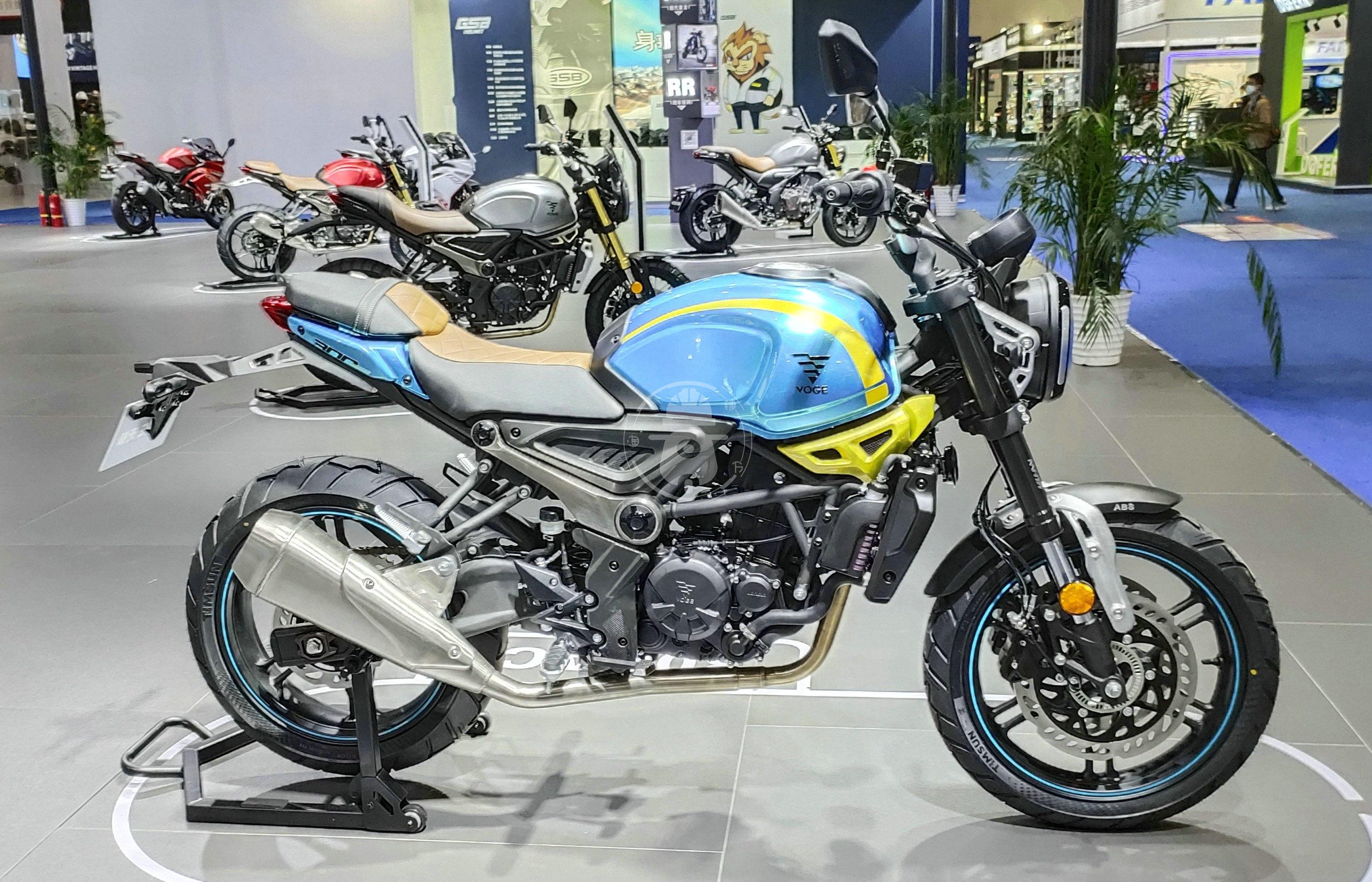 无极300AC改款 更时尚精致 动力略有提升-第2张图片-春风行摩托车之家