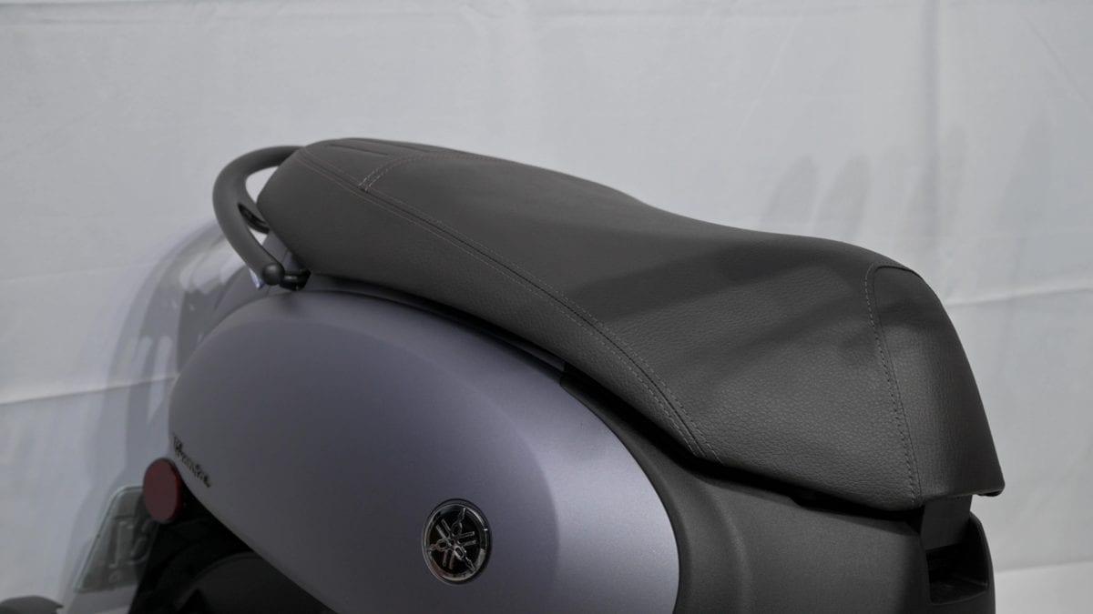 轻型机车(250以下) YAMAHA Vinoora 一周通勤九大面向骑乘心得分享!-第5张图片-春风行摩托车之家