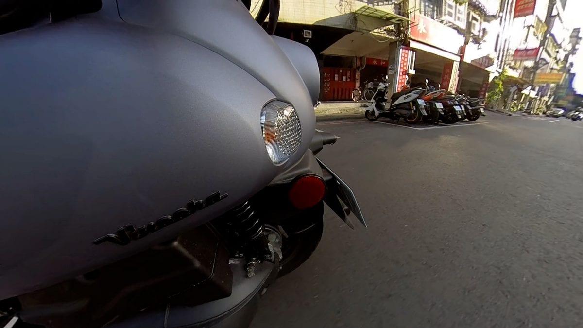 轻型机车(250以下) YAMAHA Vinoora 一周通勤九大面向骑乘心得分享!-第7张图片-春风行摩托车之家