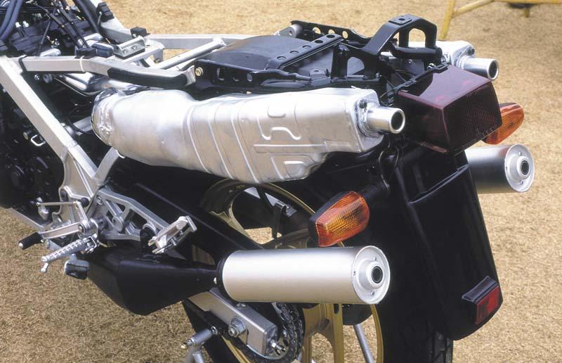 猛爆动力输出!二行程3缸引擎问世的1970年代-第11张图片-春风行摩托车之家