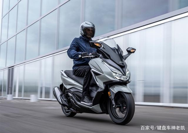 FORZA 350台湾上市,折合rmb约6.18w,内地售价预计和CB500F相仿-第3张图片-春风行摩托车之家