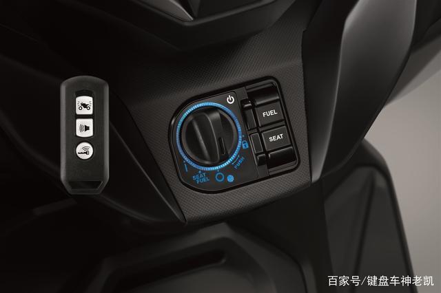 FORZA 350台湾上市,折合rmb约6.18w,内地售价预计和CB500F相仿-第8张图片-春风行摩托车之家