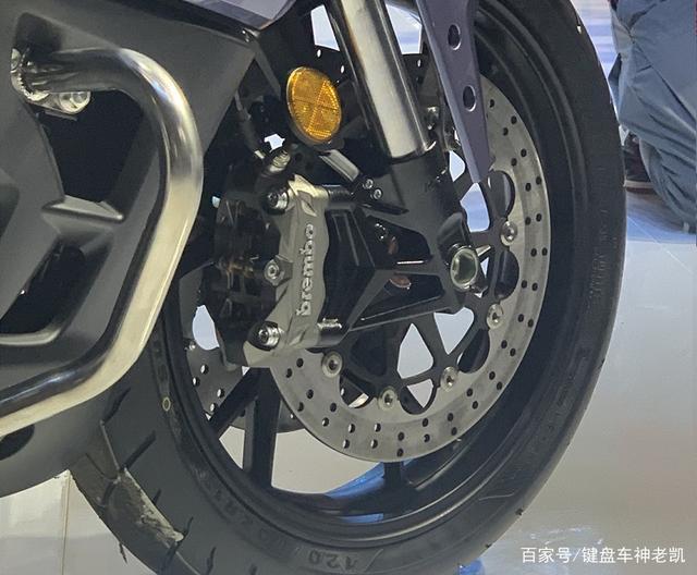 首款国产民用公升级摩托车即将上市,贝纳利BJ1200GT进入公示期-第7张图片-春风行摩托车之家